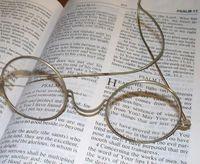 Fathers Glasses 001